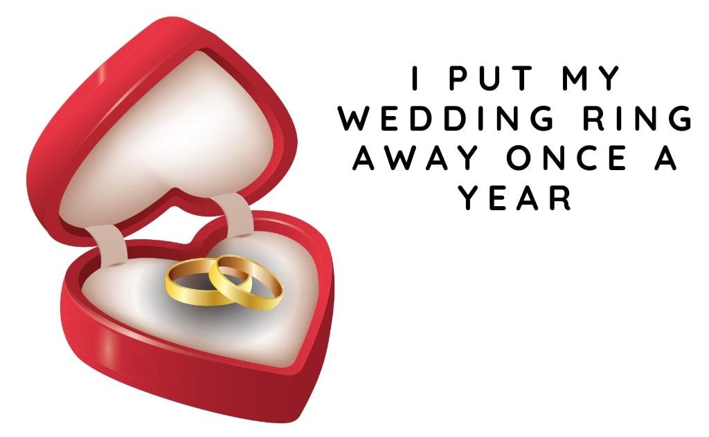 wedding rings in love heart box